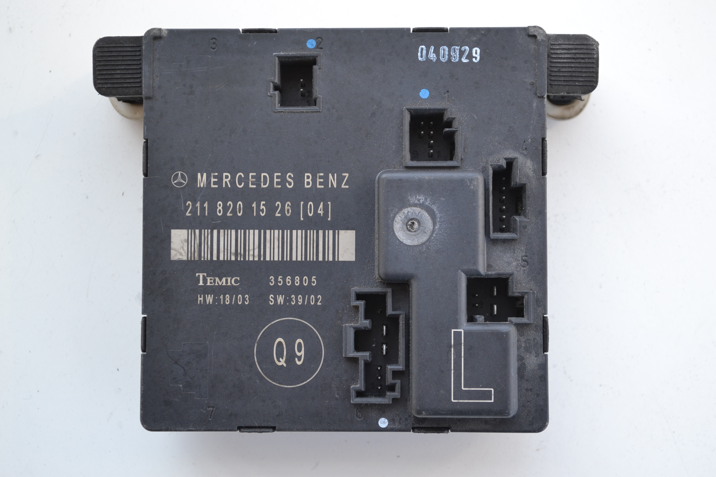Mercedes e class w211 2004 front left side door control for 01333 door control module