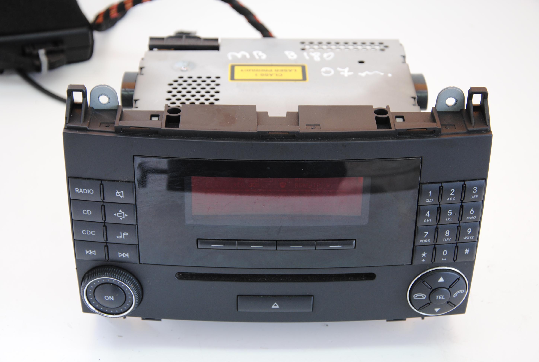 Mercedes benz a b class 2007 cd player radio am fm head for Mercedes benz cd player