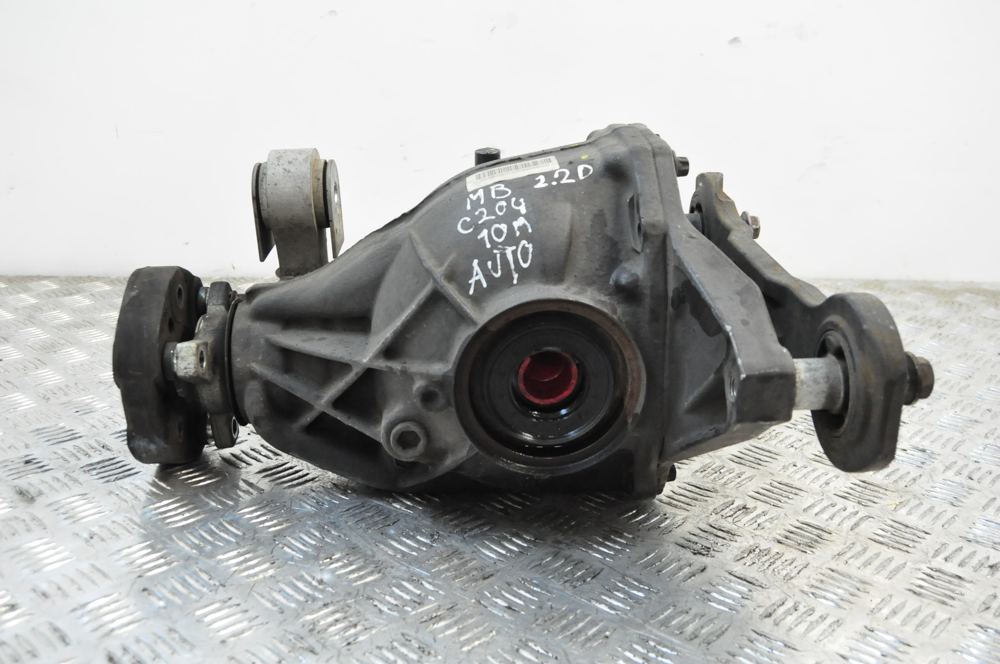 Mercedes benz c class w204 2 2 cdi 2010 rear axle diff for Mercedes benz axle assembly