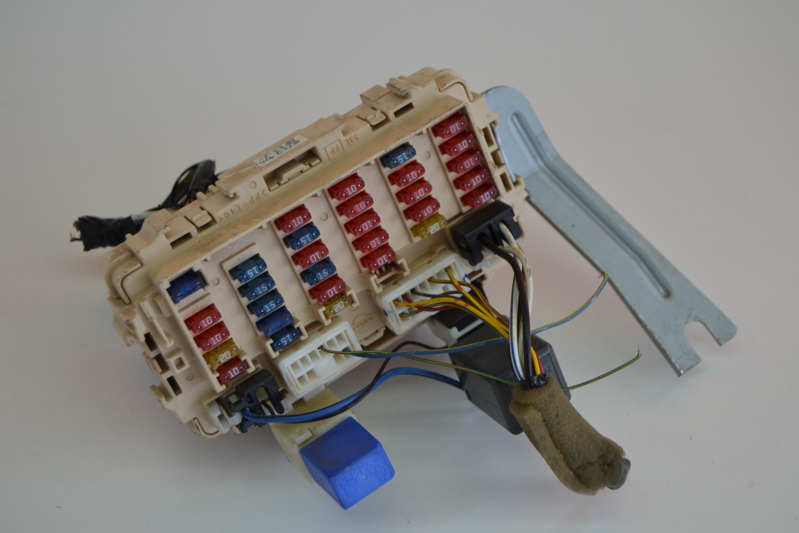 Nissan trail petrol fuse box relay board b