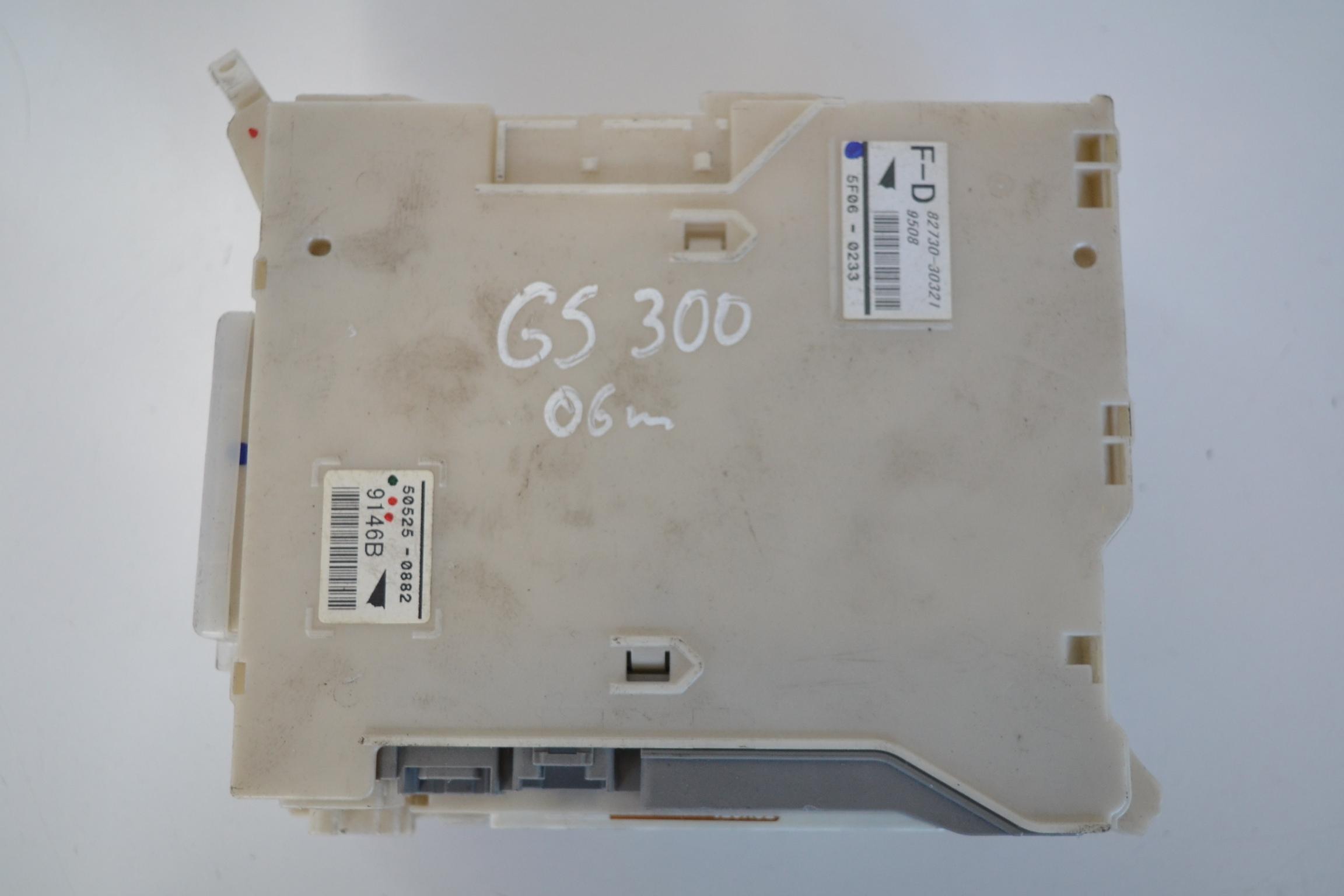 LEXUS GS III 2006 RHD INTERIOR DASH FUSE BOX 82730-30321