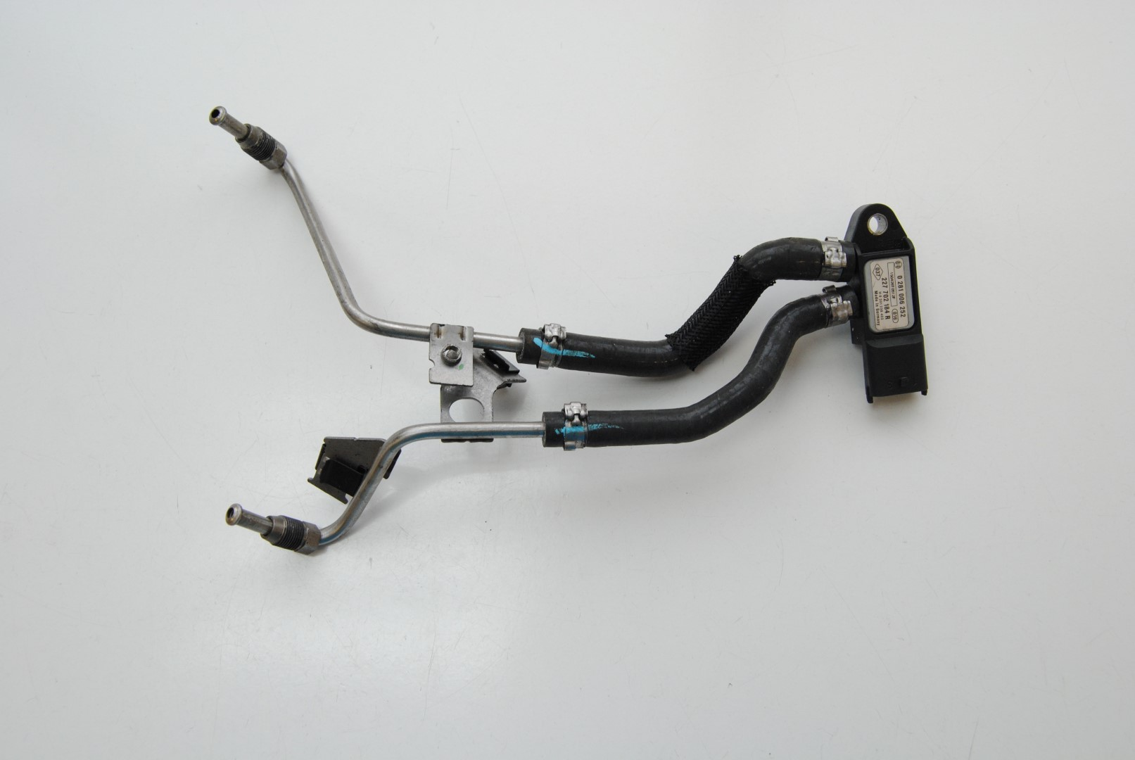 renault scenic 2 0 dci 2015 rhd dpf exhaust map pressure sensor 227702184r ebay. Black Bedroom Furniture Sets. Home Design Ideas