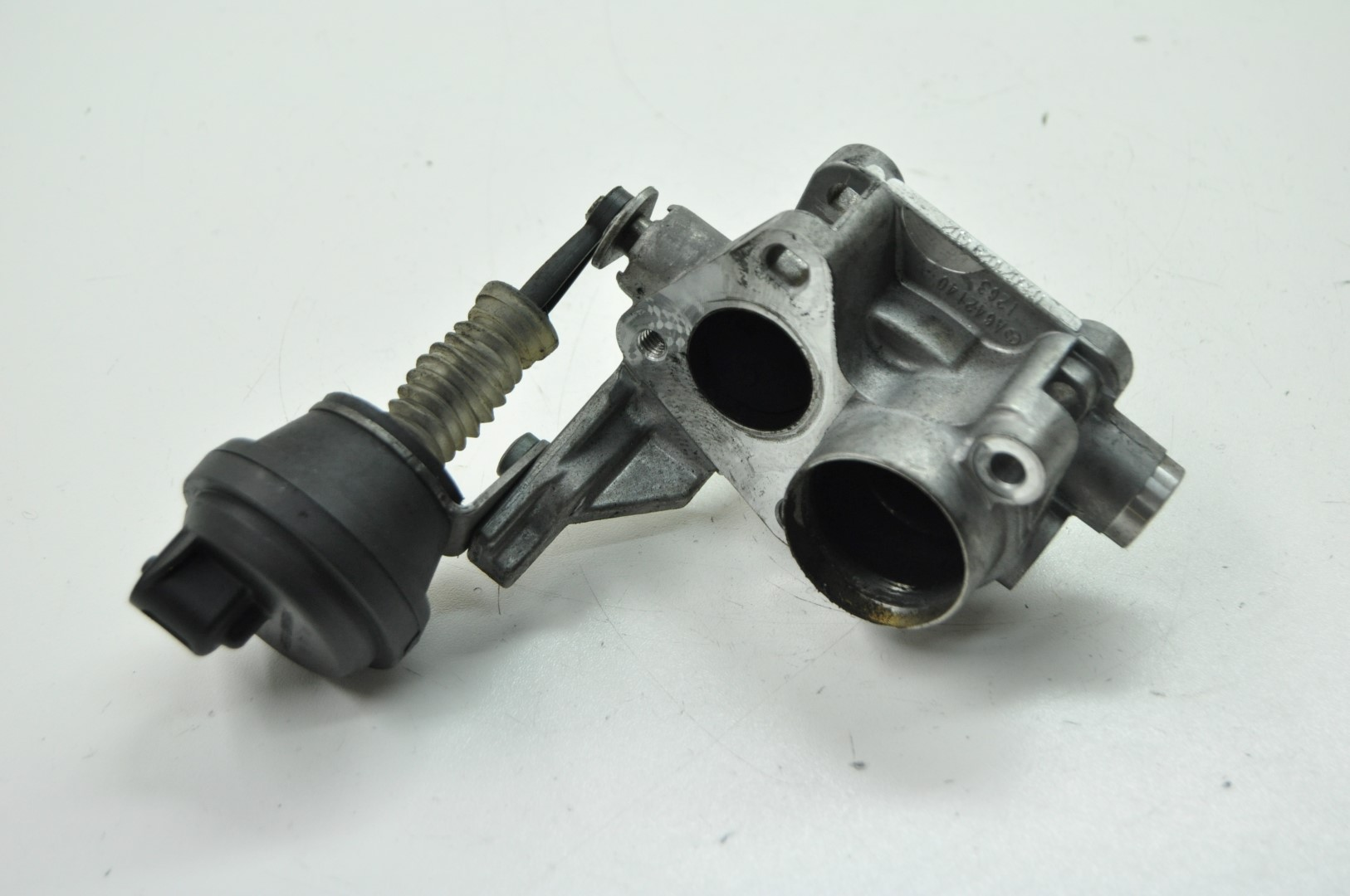 Mercedes benz w212 e350 cdi 2010 rhd egr valve cooler for Mercedes benz egr valve