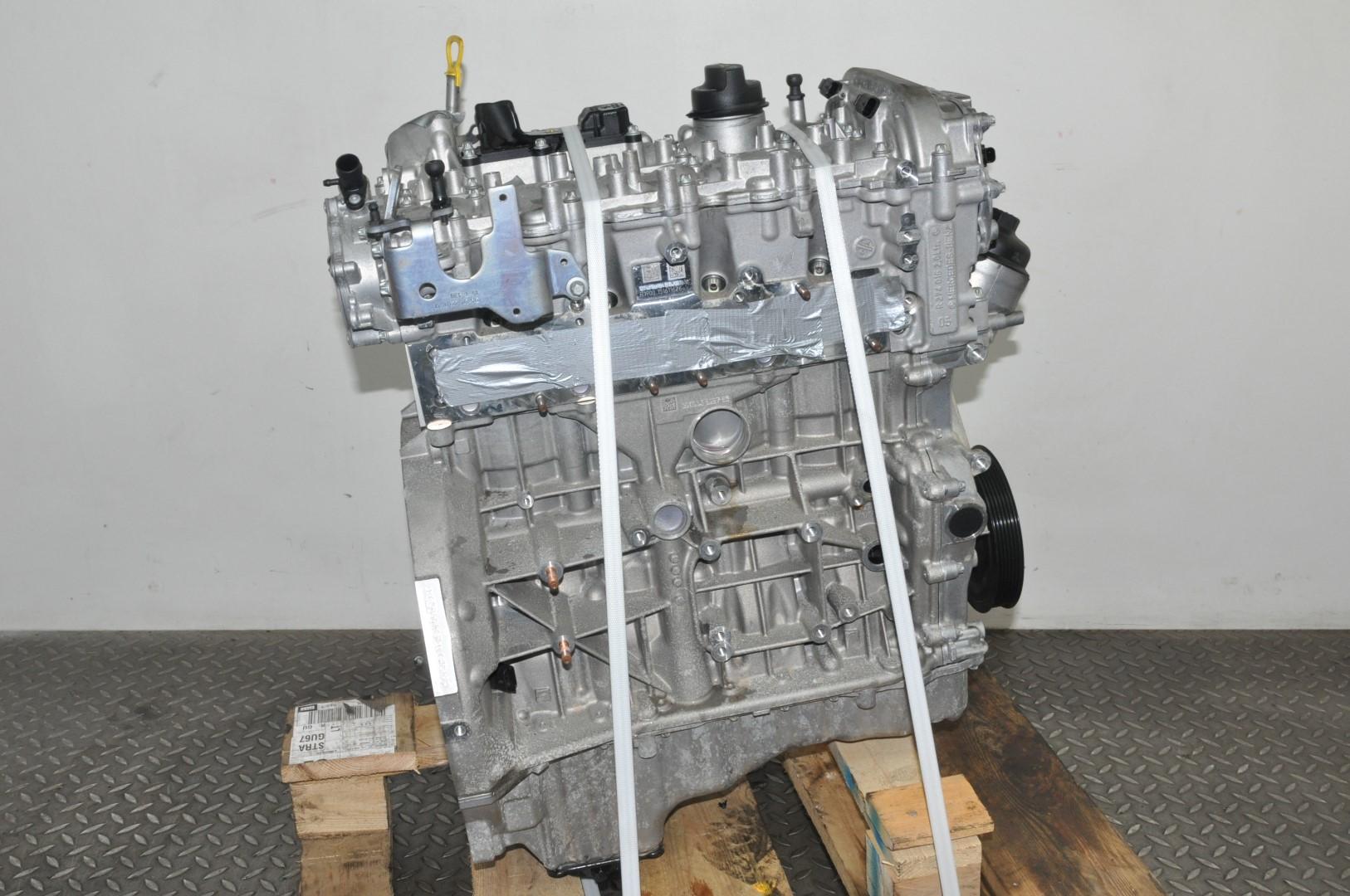 MERCEDES BENZ C200 W205 2016 RHD PETROL 2.0 ENGINE MOTOR 274.920 135 kW