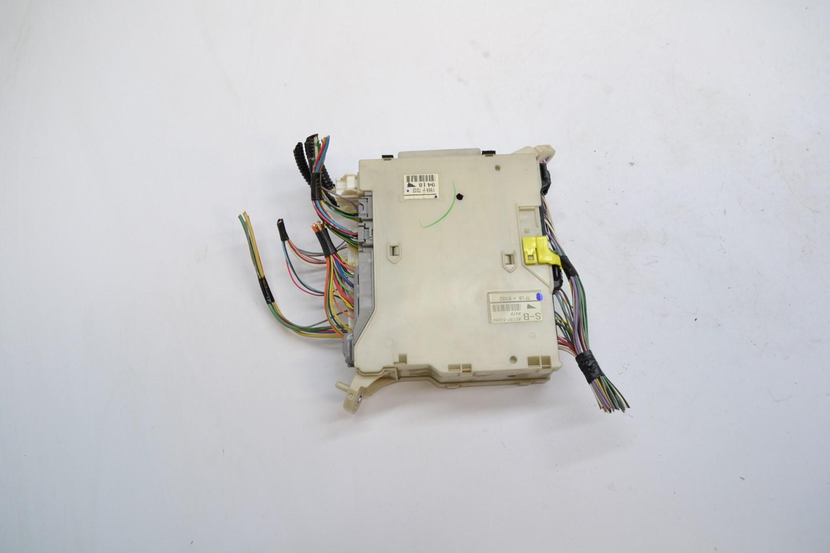 25721481 lexus is220d 2007 rhd interior fuse box 82730 53050 82672 53060 ebay  at reclaimingppi.co